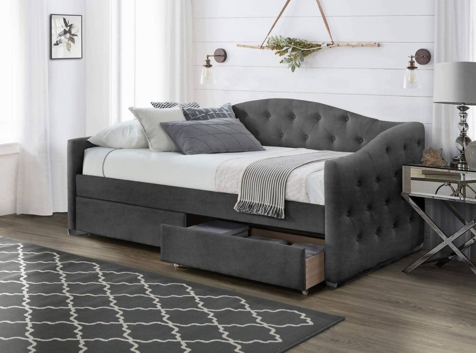 Dormitorul – mic, dar cochet. Idei de amenajare 7